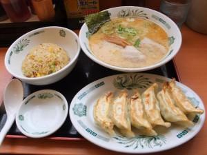 hidakaya_ooimachi-tonkotsu_ramen_and_fried_rice_and_dumplings_set-01