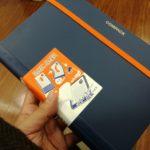 コピー用紙を二つ折りで持ち運べるファイル