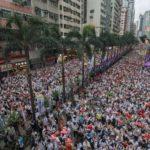香港の反中国デモ100万人
